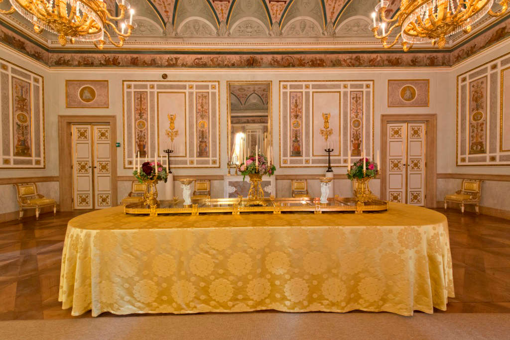 Stanze dell imperatrice elisabetta percorsi e collezioni for Sala da pranzo barocco piemontese
